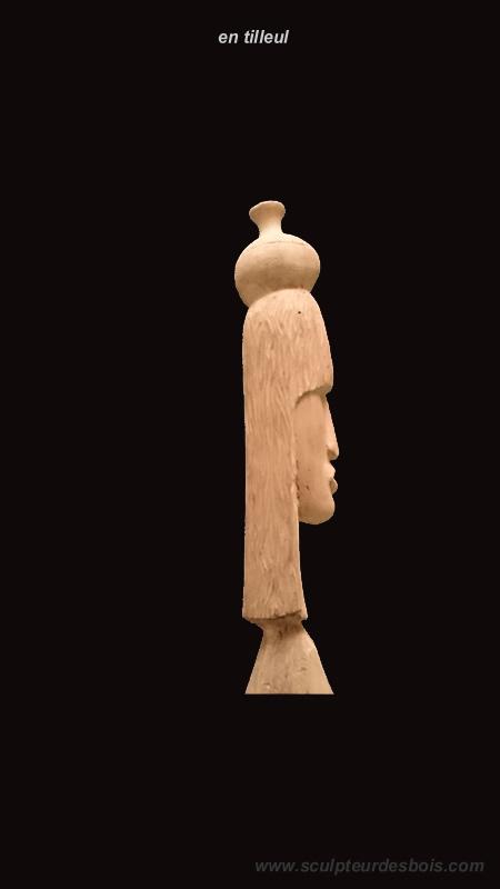 fille portant une cruche d'eau sur la tête